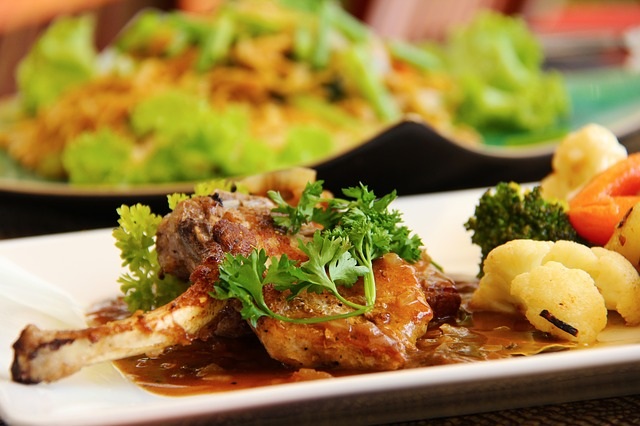pork-chops-in-red-sauce-spanish-style