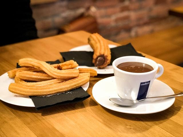 spanish-churros-and-chocolate
