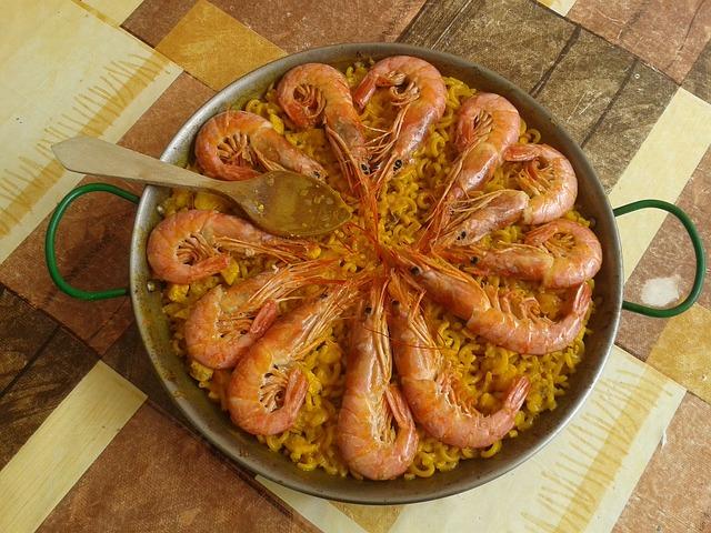 Traditional-Spanish-fideua