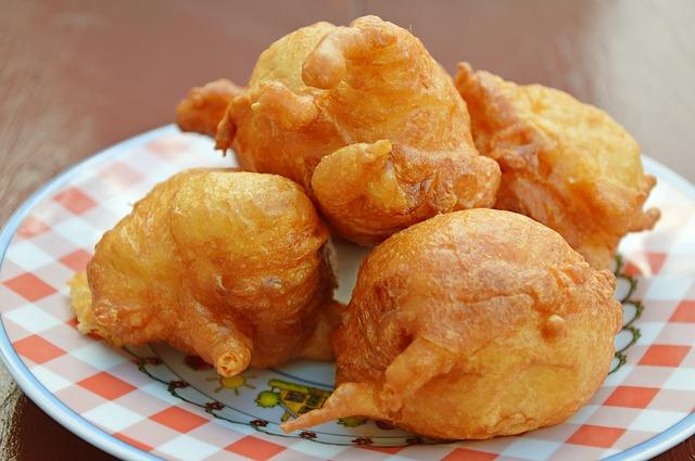 How-do-you-make-buñuelos