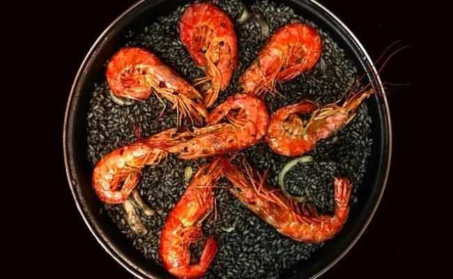 typical-spanish-paella-recipe
