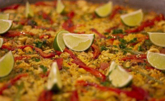 make-spanish-paella